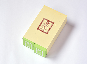 "<img src=""https://www.okinadou.com/img/item/redbeanbox/2M1-20.jpg"" alt=""おきな堂もみじ饅頭こしあん20入"" width="""" height="""" /&a"